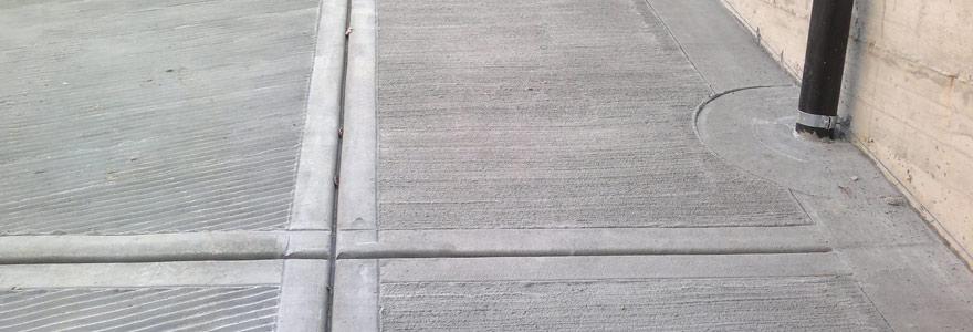 Monticone pavimenti pavimentazioni in cemento al quarzo for Esterno quarzo